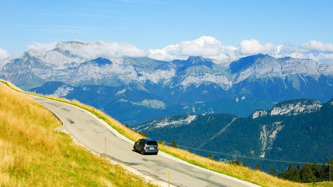 Most Scenic Airport Transfers Geneva Airport to the Mountains